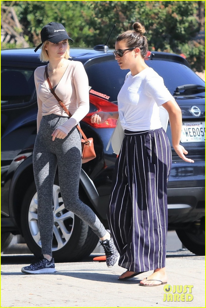 lea michele emma roberts still hang out together 07