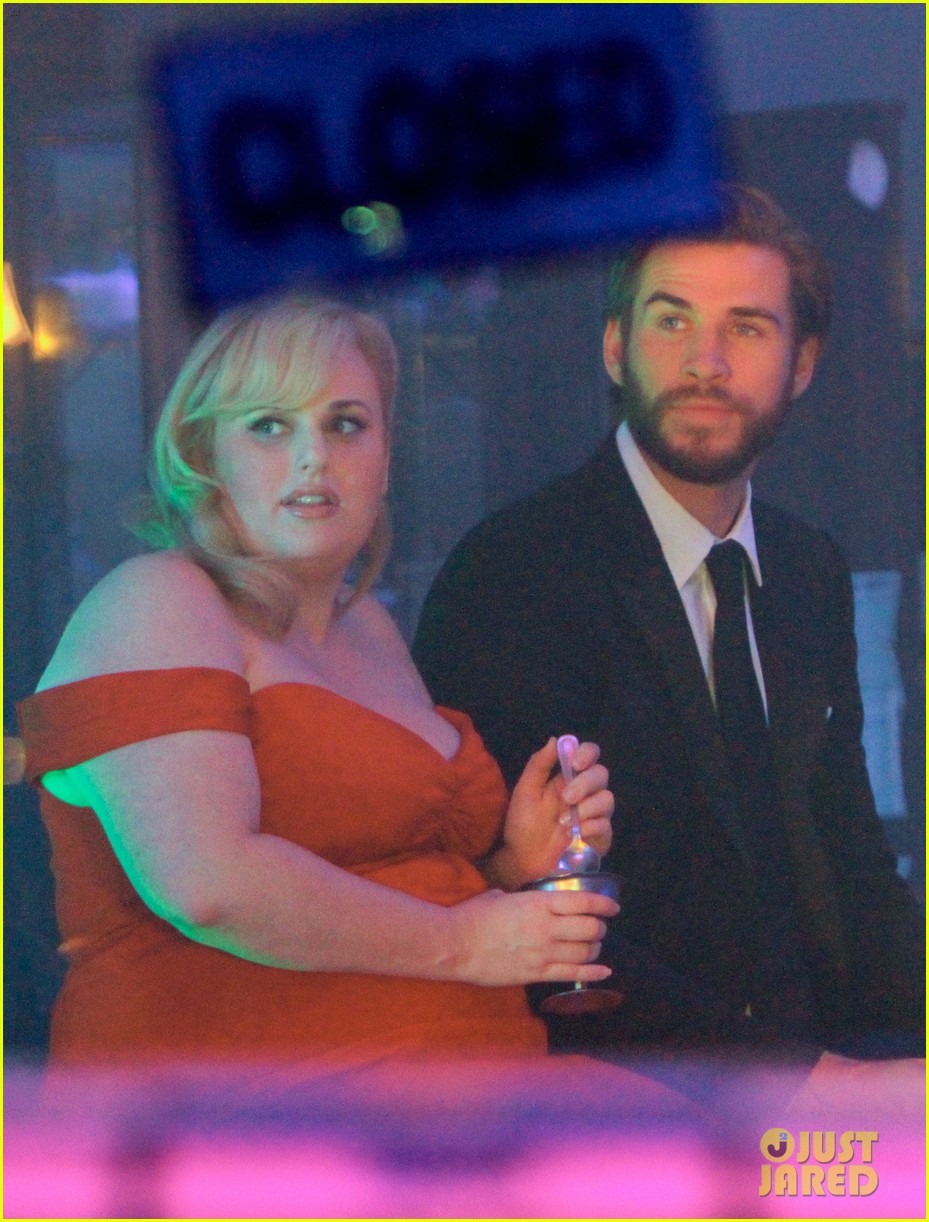 rebel wilson and liam hemsworth get glam for last night of isnt it romantic filming 01