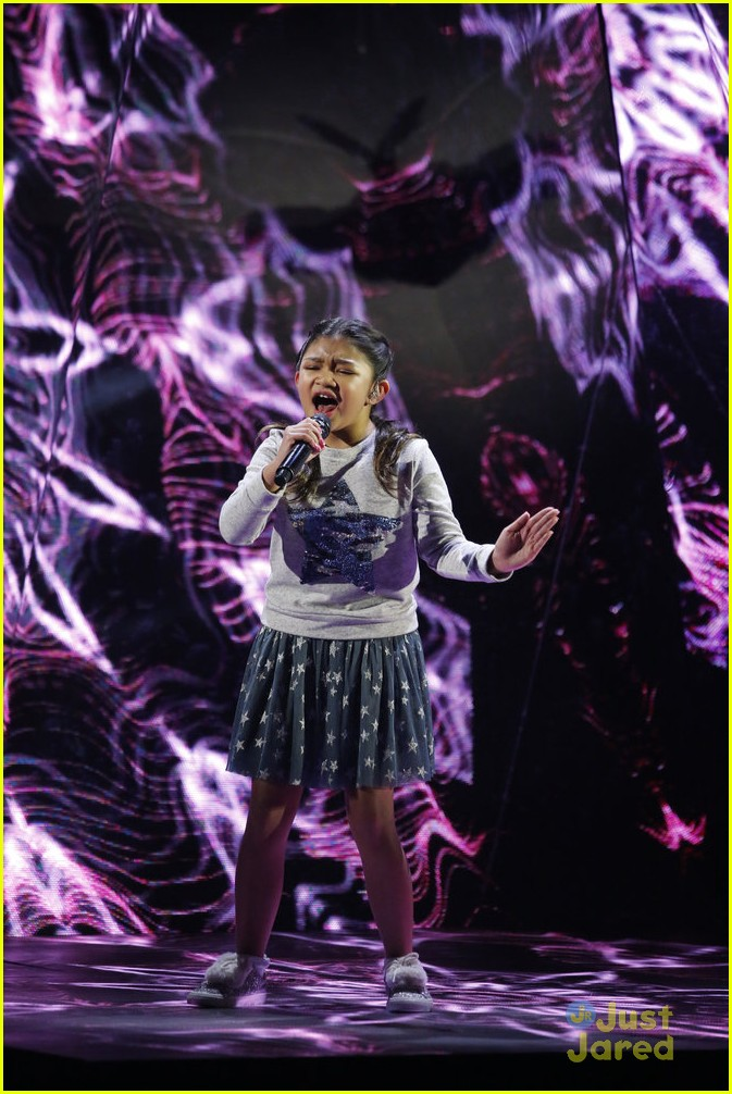 angelica hale country star fan agt carpet semis2 04