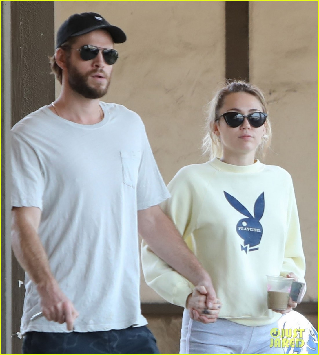miley cyrus liam hemsworth hold hands for saturday morning date 04