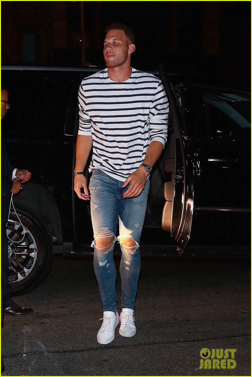 kendall jenner joins blake griffin for night out in nyc 01