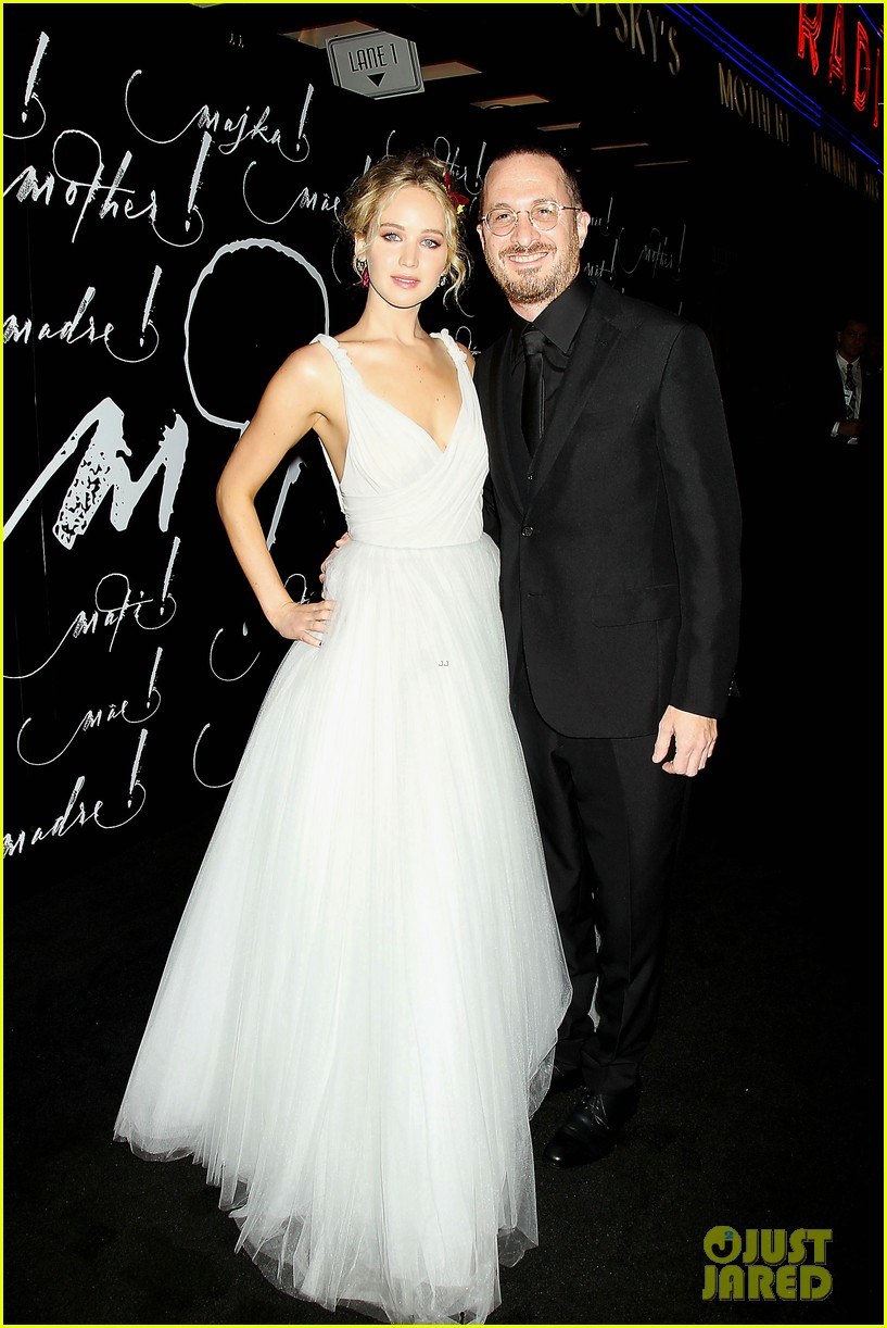jennifer lawrence darren aronofsky mother nyc premiere 22