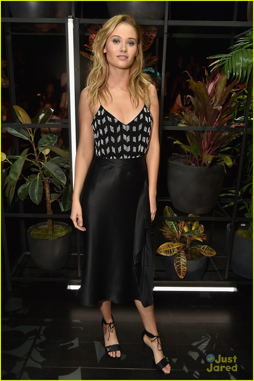 lili reinhart ginny gardner sophia dominguez nyfw weekend shows 02