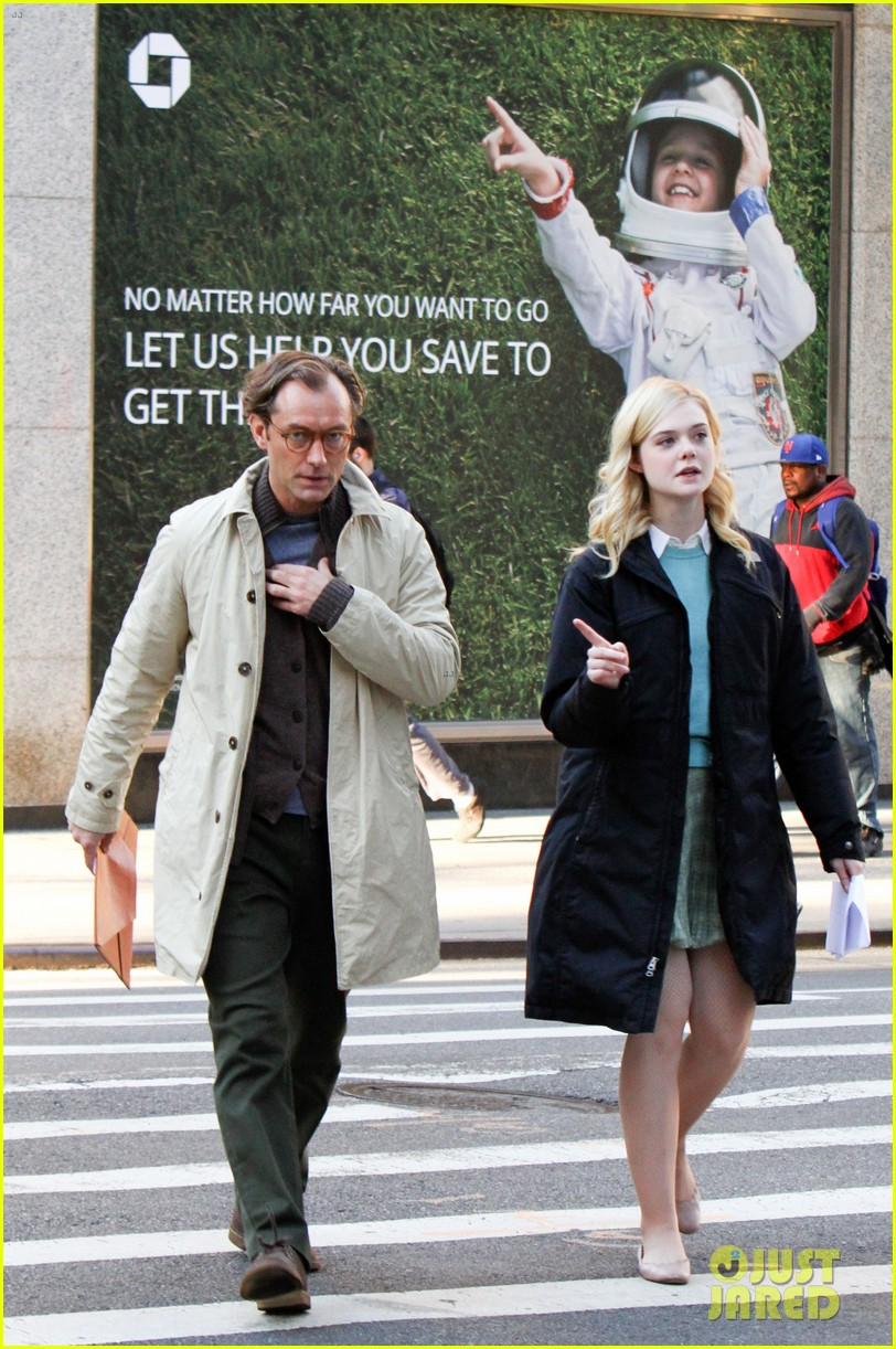 elle fanning jude law and rebecca hall film woody allen movie in nyc 04