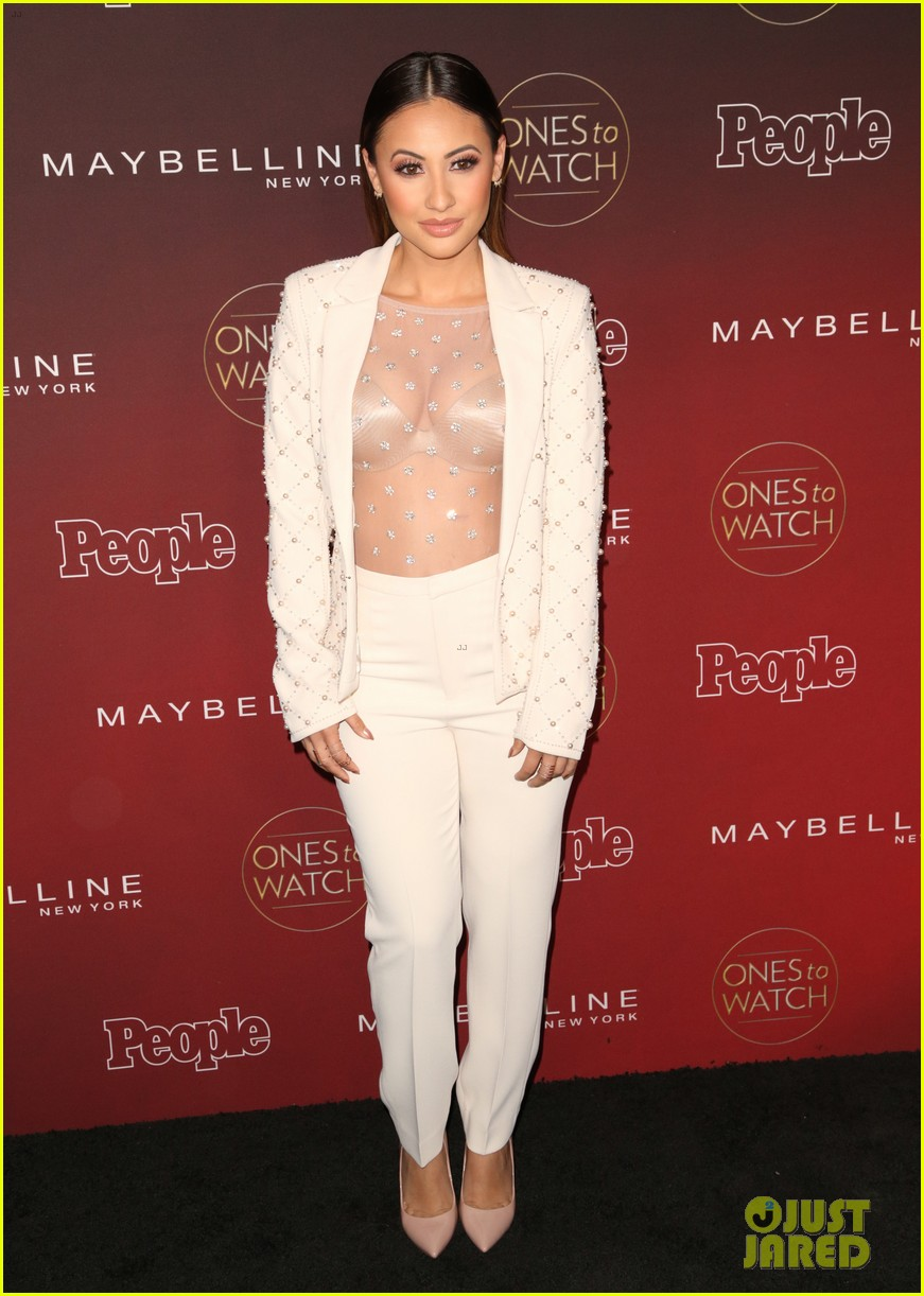 paris jackson julia michaels sasha pieterse more step out for people mags ones to watch party 01
