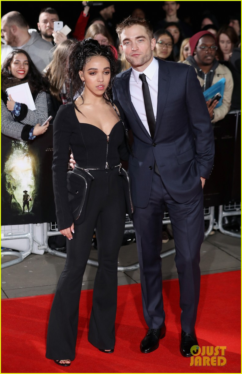 robert pattinson fka twigs split call off engagement 10