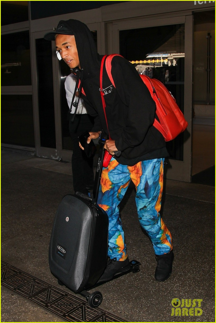 jaden smith scooters his way through paris and lax airports 02