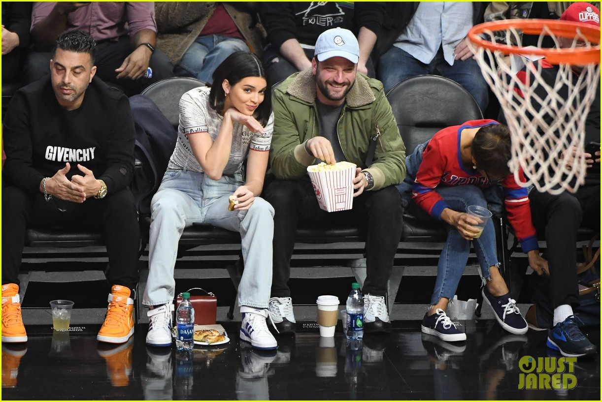 Kendall Jenner Makes Faces While Watching Boyfriend Blake ... Jennifer Lawrence Movies